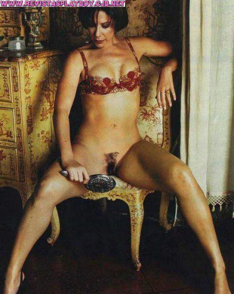 Angela Vieira pelada na revista playboy no mês de outubro de 1999