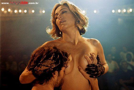 Cissa Guimarães nua na revista Sexy em novembro de 2005
