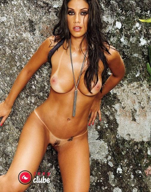 Dani Bolina nua na revista Sexy em Abril de 2008