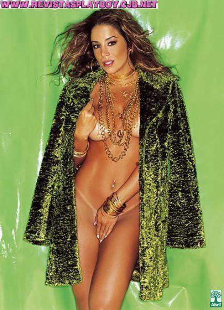 Danielle Winits nua na revista playboy em outubro de 2003