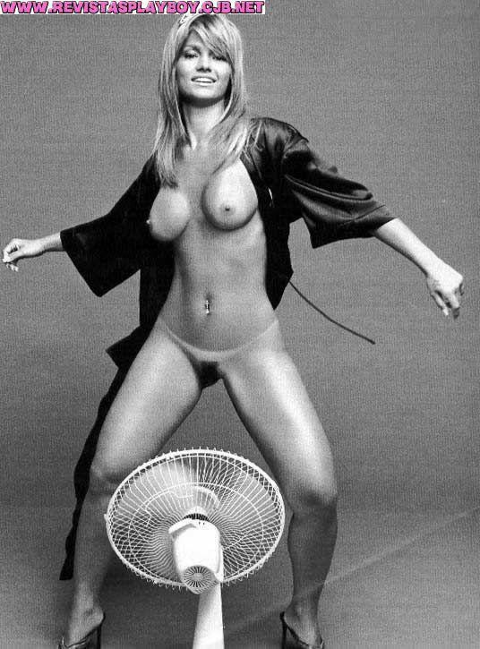 %t Kelly Key nua na Revista Playboy   Dezembro de 2002
