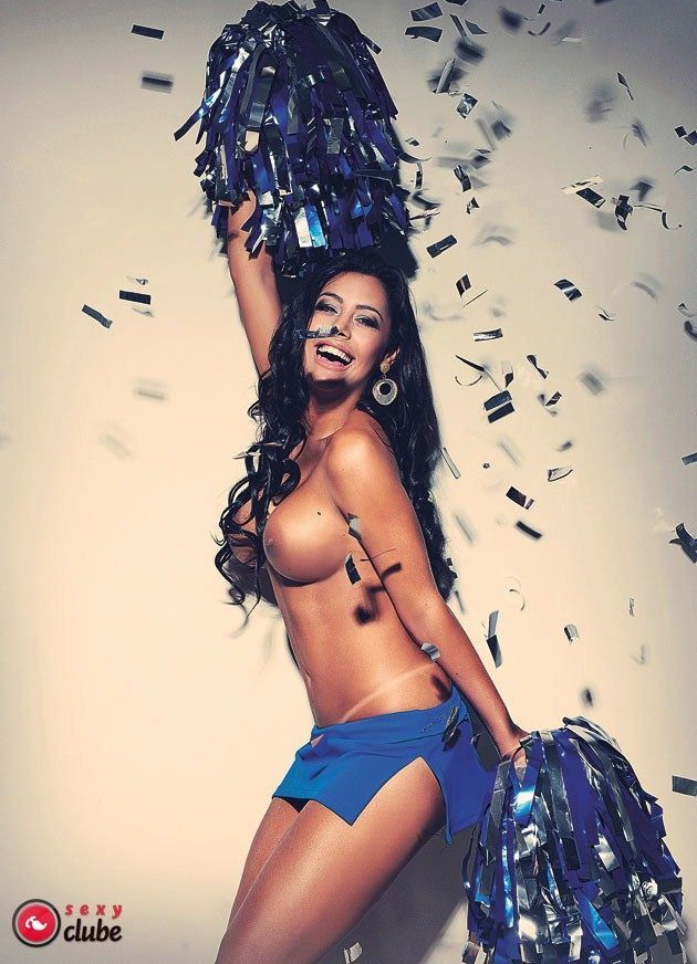 %t Larissa Riquelme pelada na revista sexy em maio de 2012