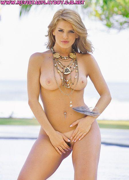 %t Mari Alexandre nua na revista Sexy em outubro de 2004